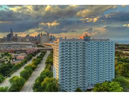 2 Bedroom Apartments Chicago Apartments In Chicago Il Prairie Shores By The Lake