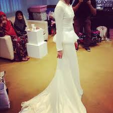 wedding dress pendek musmarlina untitled journal