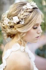 Hochsteckfrisurenen Russische by Hochsteckfrisur Bei Der Braut Mit Blumen Für Die Hochzeit