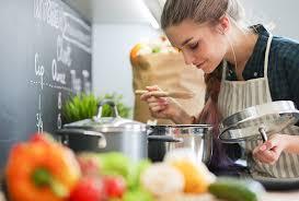 enlever odeur de cuisine conseils comment enlever les odeurs de cuisine go ménage