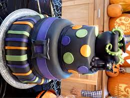 Halloween Witch Cake by Halloween Witch Themed Cake Cakecentral Com