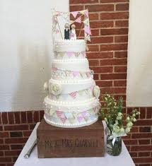 vintage wedding cake stands 27 best cake stands wedding cakes images on cake