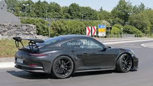 porsche 911 gt3 2018 porsche 911 gt3 rs spied flaunting naca ducts