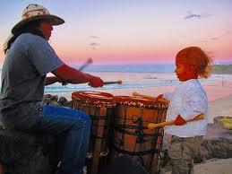 pattern maker byron bay stalwart of byron bay s drumming circle dies echonetdaily