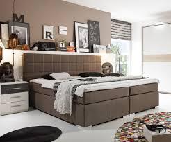 Schlafzimmer In Beige Braun Beispiele Modernes Wohnen Schlafzimmer Boxspringbett Leder Feinste