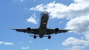 what are the chief uses of airplanes reference com