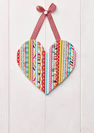 this amazing heart hanging is made from straws papercrafter