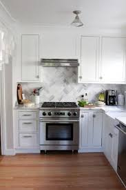 stone backsplashes for kitchens cabinets color cost effective