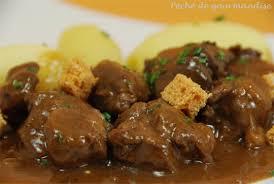 cuisiner le sanglier sauté de sanglier au genièvre et d épices péché de gourmandise