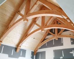 douglas fir arched chord king post trusses and corbels with spruce