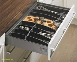 rangement tiroir cuisine rangement tiroir cuisine fabulous interieur placard cuisine