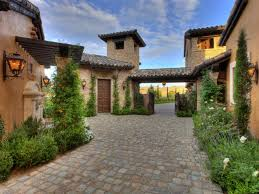 rustic tuscan style house plans with courtyard house style design