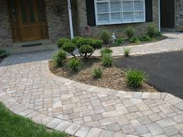 Paver Design Software by Landscaping Ideas With Pavers And Block Small Front Patio Front