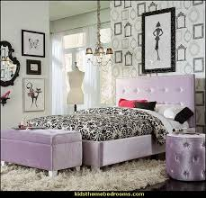 Purple Paris Themed Bedroom by Fashion Theme Bedroom Ideas Decorating Fashionista Style Theme