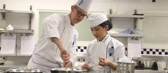 le chef cuisine meet cuisine chef colin barnett le cordon bleu