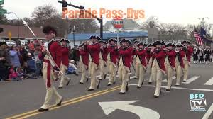parade pass bys plymouth parade home town thanksgiving