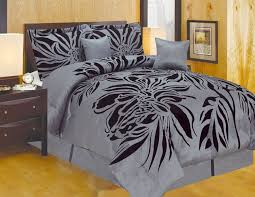 King Comforter Sets Cheap Best 25 Black Comforter Ideas On Pinterest Comforters Bed