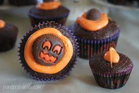 halloween cupcake ideas trick or treat cupcake parfaits from palmer candy pandora u0027s deals