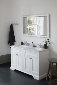White Freestanding Bathroom Furniture by 17 Best Furniture Images On Pinterest Luxury Bathrooms Bathroom