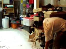 Paint Sprayer For Cabinet Doors How To Use An Airless Paint Sprayer On Kitcen Cabinet Doors Youtube