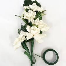 Cascading Bouquet This Diy Cascading Bouquet Is Every Retro Bride U0027s Dream Martha