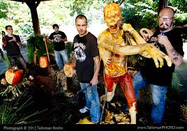 New York Botanical Garden Pumpkin Carving by New York Today Ghoulish Pleasures The New York Times