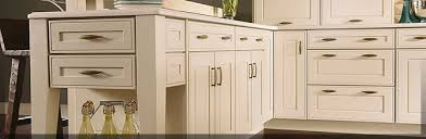 kraftmaid kitchen cabinet door styles finish techniques painted finishes kraftmaid cabinetry