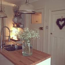 Shabby Chic Kitchen Lighting by Best 25 Cosy Kitchen Ideas On Pinterest Brick Wall Kitchen