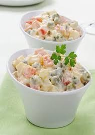canap entr s froides salade russe à l espagnole cuisine entrées froides