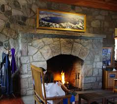 Crater Lake Lodge Dining Room File Crater Lake Lodge Fireplace 2013 Oregon Jpg Wikimedia Commons