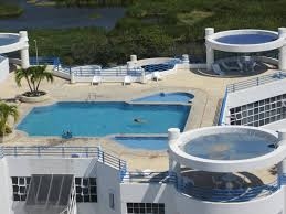 swimming pool comfortable houses with swimming pools in the