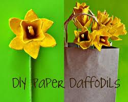 paper flowers tutorial egg carton daffodils