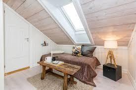 chambre en lambris bois charmant chambre avec lambris bois 2 chambre mansard233e 30