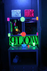 Halloween Glow Jars by 18 Best Neon Party Images On Pinterest
