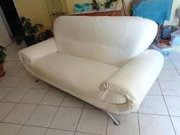 canapé simili cuir blanc canape simili blanc canapac simili cuir blanc astuce pour nettoyer