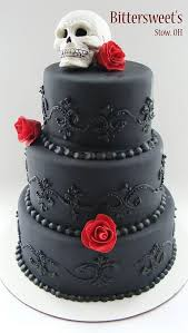 Halloween Wedding Decorations Pinterest by 22 Best Wedding Cakes Images On Pinterest Skull Wedding Cakes
