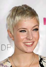 11 short hairstyles for older women with round faces u2013 hairstyles