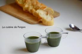 cuisiner l ortie soupe à l ortie parfumée au bleu de chèvre la cuisine de ponpon