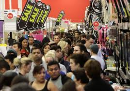 us black friday queues and shopping frenzy after