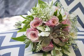 how to make wedding bouquet how to make a succulent wedding bouquet in 9 easy steps tucson