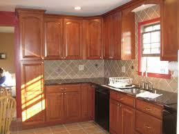 kitchen backsplash ideas with oak cabinets granite countertop cedar wood cabinets brick pattern backsplash