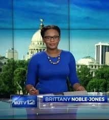 pictures of new anchors hair tv anchor brittany noble jones celebrates her natural hair on