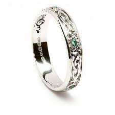 what is a knot ring emerald knot ring celtic rings ltd