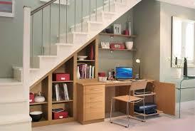 am agement bureau sous escalier aménagement sous escalier propositions originales maman modeuse