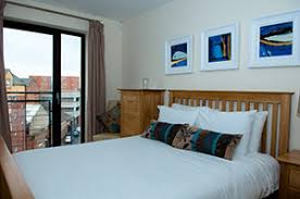 1 Bedroom Flat Belfast Belfast City Centre Serviced Apartments Custom House Residence Rates