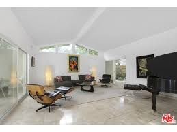 Lisa Vanderpump Interior Design Lisa Vanderpump U0027s New 1 9 Million Beverly Hills House Isn U0027t For