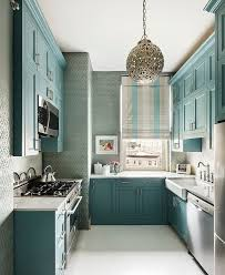 narrow kitchen design ideas best 25 small kitchens ideas on kitchen cabinets