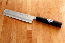 couteau de cuisine professionnel japonais les couteaux japonais rois de la découpe