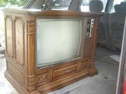 transformer un meuble ancien transformer un vieux meuble de tv en un joli rangement de salon