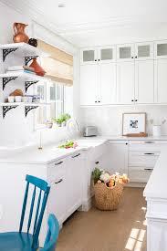 hauteur meubles haut cuisine cuisine hauteur meuble haut cuisine avec cyan couleur hauteur
